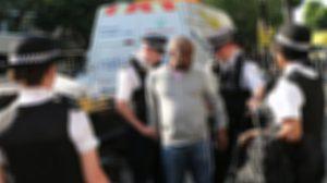 ตำรวจอังฤษ รวบหนุ่มแกะถุงศพเหยื่อเพลิงไหม้ ถ่ายภาพโพสต์เฟซบุ๊ก
