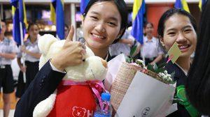 """ไม่ผิดหวัง """"น้องน้ำผึ้ง"""" ชาวไทยลื้อ คว้ารางวัลโครงงานวิทยาศาสตร์ ที่สหรัฐอเมริกา"""