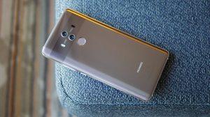 ผลิตแทบไม่ทัน Huawei Mate 10 มียอดจองเกือบ 6 แสนเครื่อง ส่งผลให้อะไหล่ไม่เพียงพอ