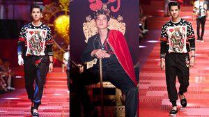 มาริโอ้ เดินแฟชั่นโชว์ Dolce & Gabbana มาไกลโกอินเตอร์ไปอีกคนแล้ว