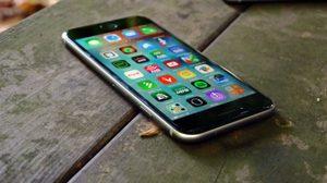 สื่อนอกคาด iOS 10.2 จะทำให้แบตเตอรี่ของ iPhone แย่ลงกว่าเดิม