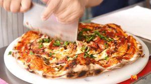 ร้าน Pizza Aroy พิซซ่าเตาถ่านสไตล์ Romana ในย่าน ทาวน์อินทาวน์
