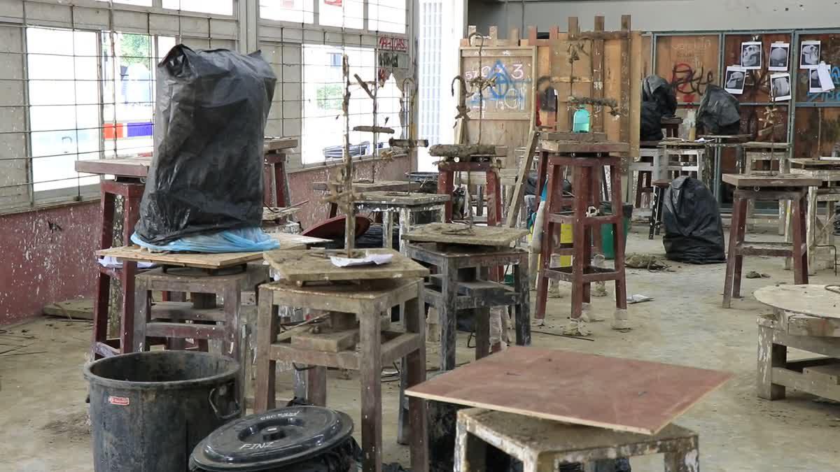 คณะวิจิตรศิลป์ มช. แจงดราม่า นศ.ปี 2 ถูกมือดีทำลายงานปั้น