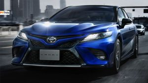 Toyota Camry Sport มาพร้อมหน้าตาดุดันขึ้น ขายเเล้วที่ ญี่ปุ่น