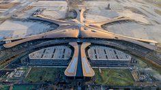 จีนเปิดใช้ สนามบิน ที่ใหญ่ที่สุดในโลก ขนาดเท่า 25 สนามฟุตบอล ใช้งบประมาณไปกว่า 5 หมื่นล้านบาท