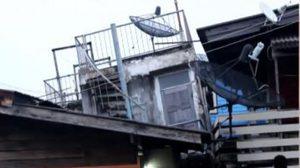 บ้านเรือนประชาชน ริมน้ำทรุด หลังแม่น้ำเจ้าพระยาเพิ่มสูง