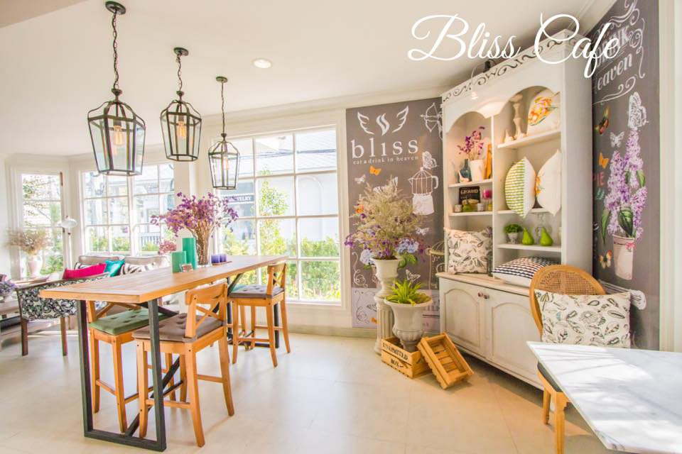Bliss cafe and restaurant
