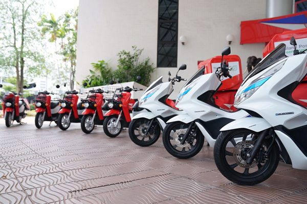 Thailand Post Green Energy with Honda