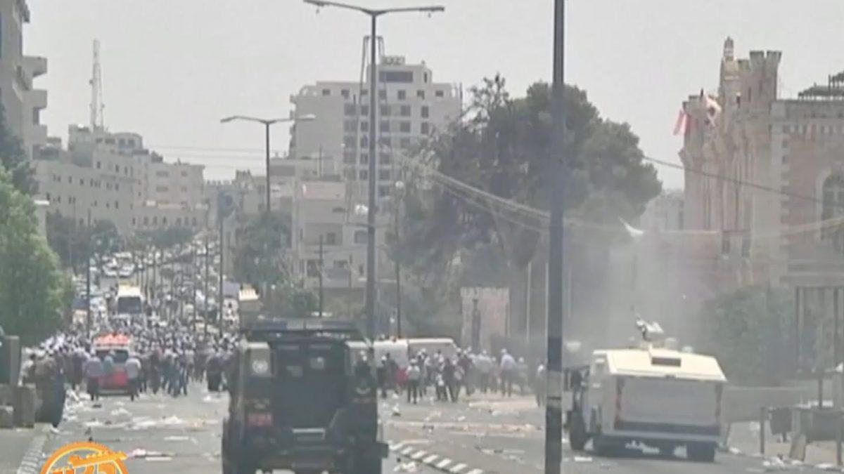 """ย้อนกรณีเหตุรุนแรง """"เครื่องตรวจจับโลหะ"""" เยรูซาเลม"""