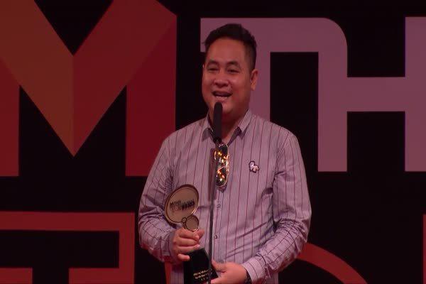 ละครเพื่อนแพง - รับรางวัล Top Talk About TV Drama