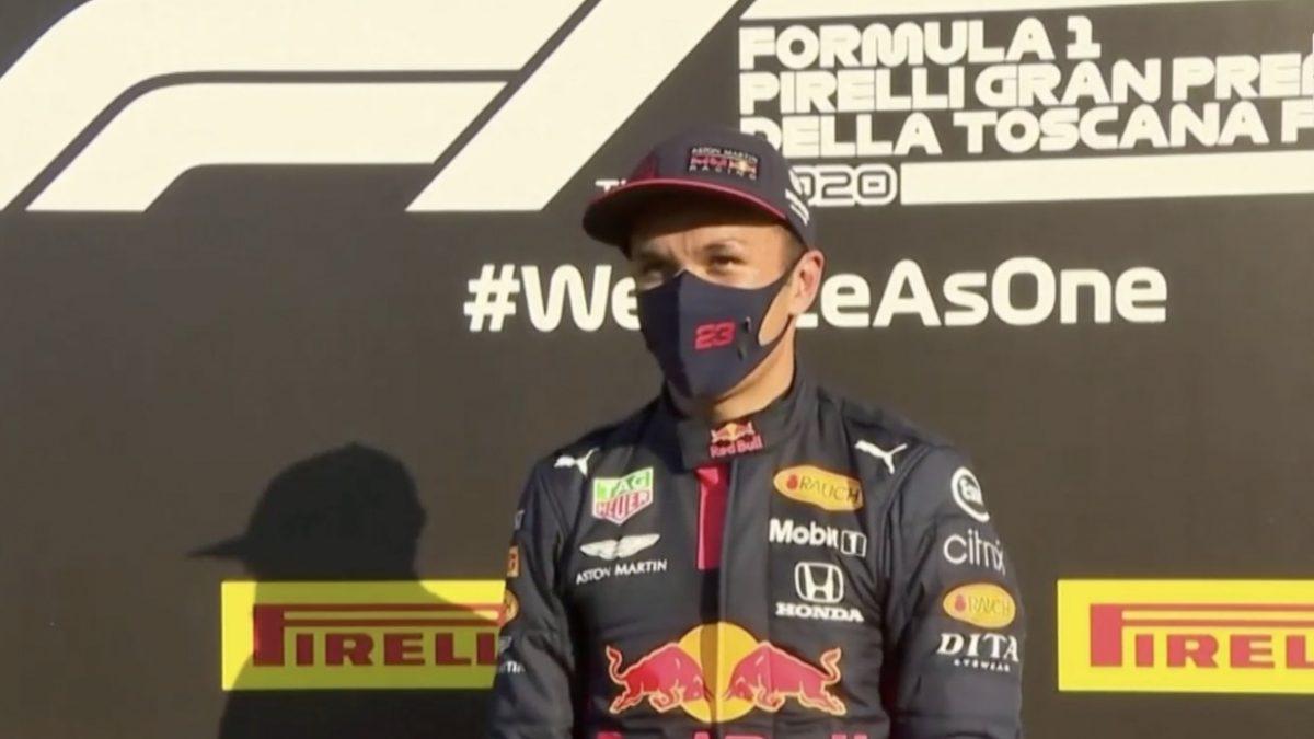 """""""อัลบอน"""" ขึ้นโพเดียม F1 ครั้งแรกในชีวิต"""