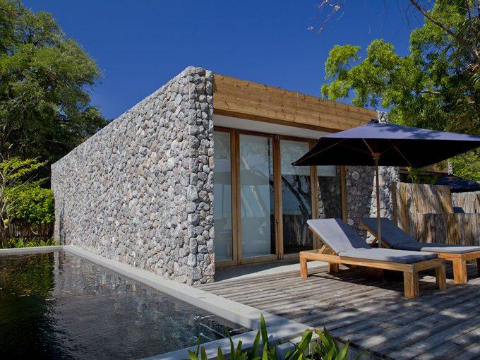 pic2-deluxe-oceanfront-pool-villa