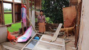 อีสานอ่วม! พายุฤดูร้อนพัดถล่ม บ้านเรือนประชาชนพัง เกือบ 700 หลังคา