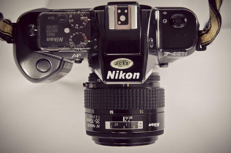 Nikon-F401s-3