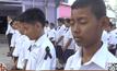 นักเรียนอนุบาลปฏิญาณตน-ปลูกต้นราชพฤกษ์