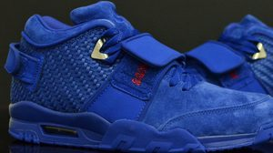 Rush Blue รองเท้าสีสวยเจ็บ แฟชั่นใหม่จาก NIKE Air Trainer Cruz