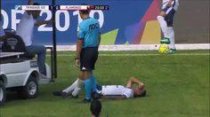 ซวยซ้ำซ้อน! แข้งบราซิลบาดเจ็บไม่พอโดนรถพยาบาลสนามวิ่งทับเท้าอีก(คลิป)