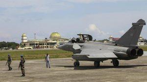 เครื่องบินรบฝรั่งเศส ขอลงจอดฉุกเฉิน ที่อินโดนีเซีย