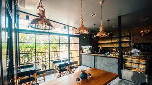 ระหว่างรอเรียน ALL TIME CAFE ร้านกาแฟเปิดใหม่ หลังม.รังสิต