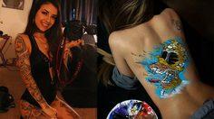 Natasha Farnsworth ศิลปินสาวฮอตใช้ร่างกายแฟนสาวเป็นผ้าใบสร้างผลงานสุดเร่าร้อน