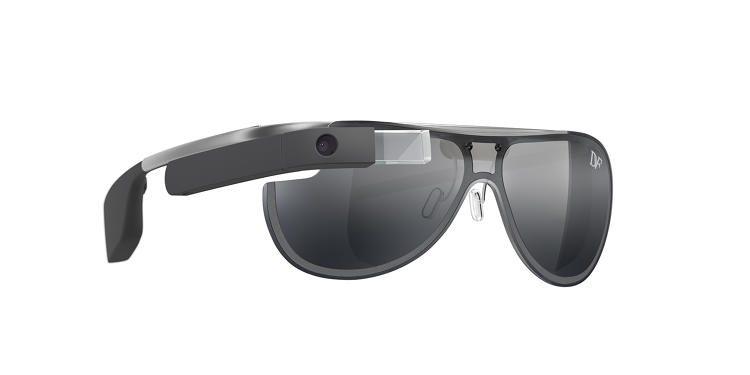 3031340-slide-s-1-dvf-glass-design