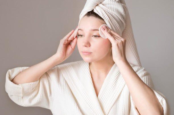 ปังไม่ไหว! พาส่องรีวิวโฟมล้างหน้าลดสิว ลดหน้ามันที่ครองใจสาวไทย
