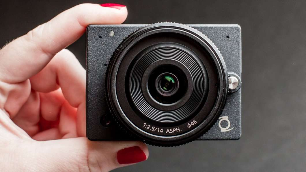 e1-small-mft-camera@2x