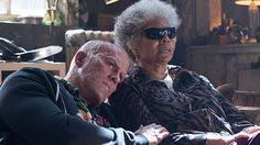 คุณแม่ และ คุณภรรยา ช่วย ไรอัน เรย์โนลด์ส โปรโมตหนัง Deadpool 2 เวอร์ชั่นดิจิทัลแบบนี้