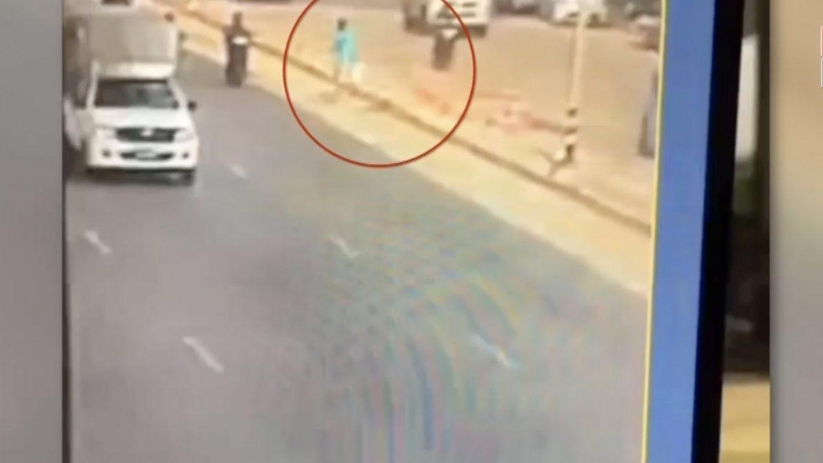 รวบแล้ว ! ผู้ต้องหายาไอซ์ ปลดกุญแจมือโดดลงรถตำรวจวิ่งหนี