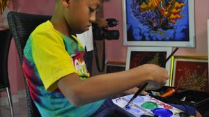 ทึ่ง! ด.ช. วัย 11 ขวบ วาดภาพพุทธศิลป์สุดสวยงาม อยากฝากตัวเป็นศิษย์ อ.เฉลิมชัย