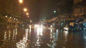 เหนืออีสานฝนเพิ่ม กทม.ตกหนัก80% แจ้งวัฒนะอ่วม เมืองทองท่วมสูง หลังฝนถล่มกรุง