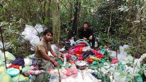 เจ้าหน้าที่อุทยานแห่งชาติปางสีดา พบคนลักลอบเข้าป่า 20 คน กลุ่มผู้บุกรุกอาศัยความรกทึบหลบหนี