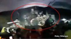 นาทีคลื่นยักษ์สึนามิ พัดถล่มเวทีคอนเสิร์ตวง 'เซเว่นทีน' อินโดนีเซีย