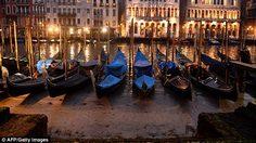เหลือแต่โคลน!! คลองเมืองเวนิส แห้งสนิท เรือกอนโดลาหยุดวิ่ง