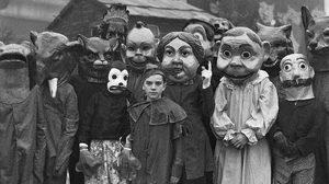 ถ้าจะหลอนขนาดนี้! ภาพเทศกาลฮาโลวีนในอดีต น่ากลัวกว่าปัจจุบันเยอะ