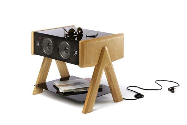 La-Boite-Cube-Concept-Box-with-Integrated-2.1-Sound-System_1-2