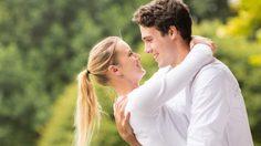 โปรยเสน่ห์ 8 วิธี ให้ เพศตรงข้าม แบบไม่ทิ้งความเป็นคุณ