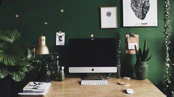 10 ไอเดียจัดโต๊ะทำงาน ให้เหมือนนั่งอยู่กลางป่า