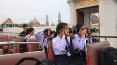 น่าชื่นชม นักเรียนจิตอาสา กับโอกาสเป็นช่างภาพถ่ายความคืบหน้าพระเมรุมาศ
