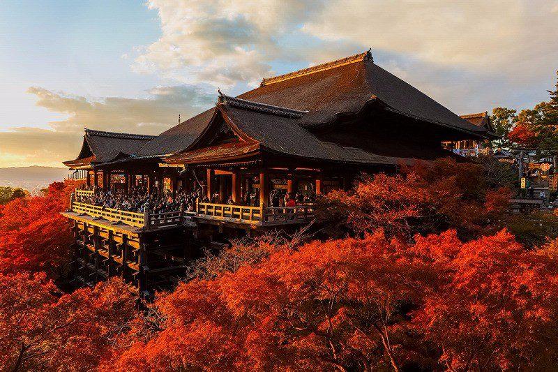 วัดคิโยะมิซุ, เกียวโต สถานที่ ชมใบไม้เปลี่ยนสีที่ญี่ปุ่น