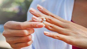 """ใส่แหวน """"เสริมดวง"""" ตามวันเกิด พร้อมเทคนิคการเลือกแหวนเสริมดวง"""