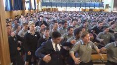 สุดยอด! นักเรียนมัธยมชายล้วนนิวซีแลนด์ แสดงการบูมที่แข็งแรงและจริงจังที่สุด เพื่อสิ่งนี้…