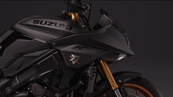 Suzuki Katana สีดำด้าน