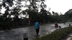 อ่วม! พายุถล่มนครพนม ชาวบ้านถูกฟ้าผ่าเสียชีวิต