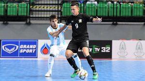 ผลฟุตซอล: อาร์เจนติน่า ทีเด็ดท้ายเกมเฉือน ไทย 2-1 คว้าแชมป์ไทยแลนด์ไฟว์ไปครอง