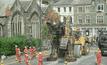 อังกฤษสร้างหุ่นกระบอกจักรกลสูง 10 เมตร