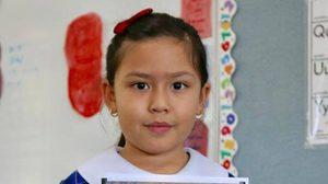 ซาบซึ้ง! เด็กหญิงลูกครึ่งไทยในออสเตรเลีย เล่าเรื่อง 'ในหลวง ร.9' หน้าชั้นเรียน