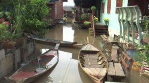 อ่วมหนัก! สถานการณ์น้ำท่วม บางพื้นที่ระดับน้ำสูงเกือบเท่าปี 54