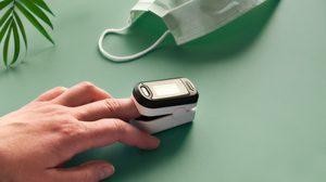 รีวิว 5 เครื่องวัดออกซิเจนปลายนิ้ว ราคาไม่เกินพัน ไอเทมสุขภาพที่ควรมี ยุคโควิด-19
