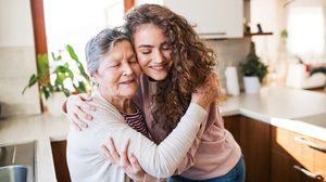 วิธีดูแลผู้ป่วยโรคอัลไซเมอร์ ในช่วงโควิด-19 ระบาด